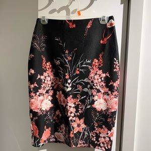 Dresses & Skirts - Black and floral skirt